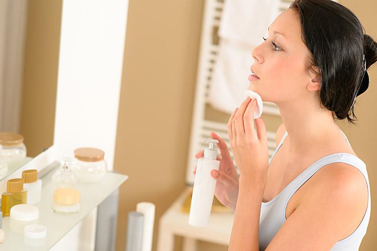 Pele perfeita: passo a passo para uma maquiagem impecável