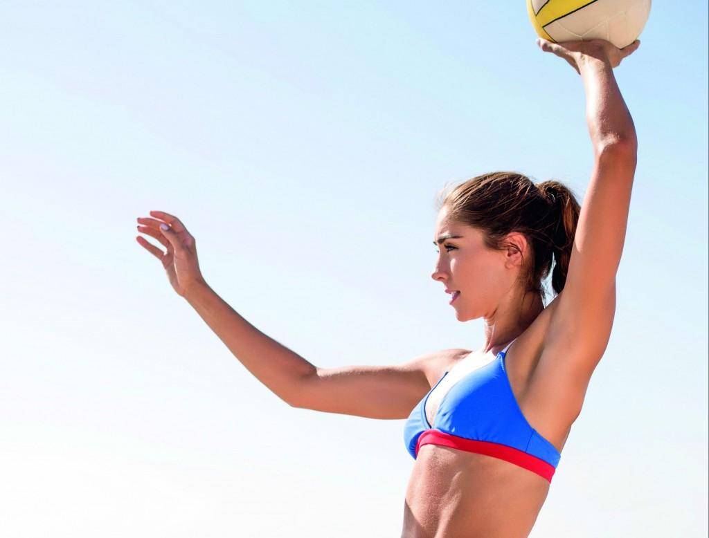 Como queimar mais calorias fazendo esportes na praia