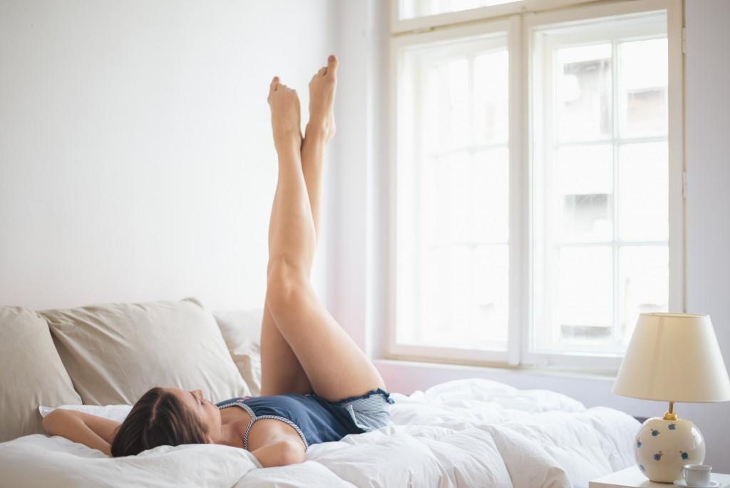 Táticas simples para acabar com inchaço e dores nas pernas