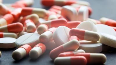 Abrir cápsulas, dividir comprimidos e outros erros ao tomar medicamentos