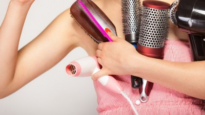 A escova ideal: descubra qual o melhor modelo para pentear seus cabelos